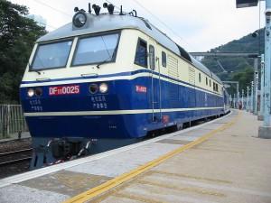 东风11型准高速干线客运内燃机车DF11_0025