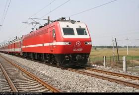 韶山7E(SS7E)型客运电力机车--美女0069