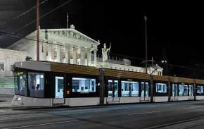 马赛运行的庞巴迪 Flexity Outlook 有轨电车