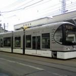 日本川崎重工双动力Swimo型有轨电车