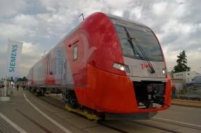 "Desiro RUS ""雨燕""电动车组(西门子公司在德国克雷费尔特工厂生产)"