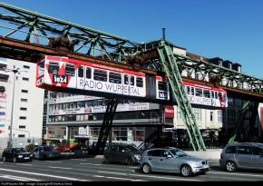德国乌伯塔尔Wuppertal悬挂式铁路
