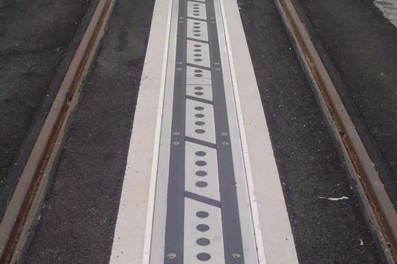 TramWave地面供电线路